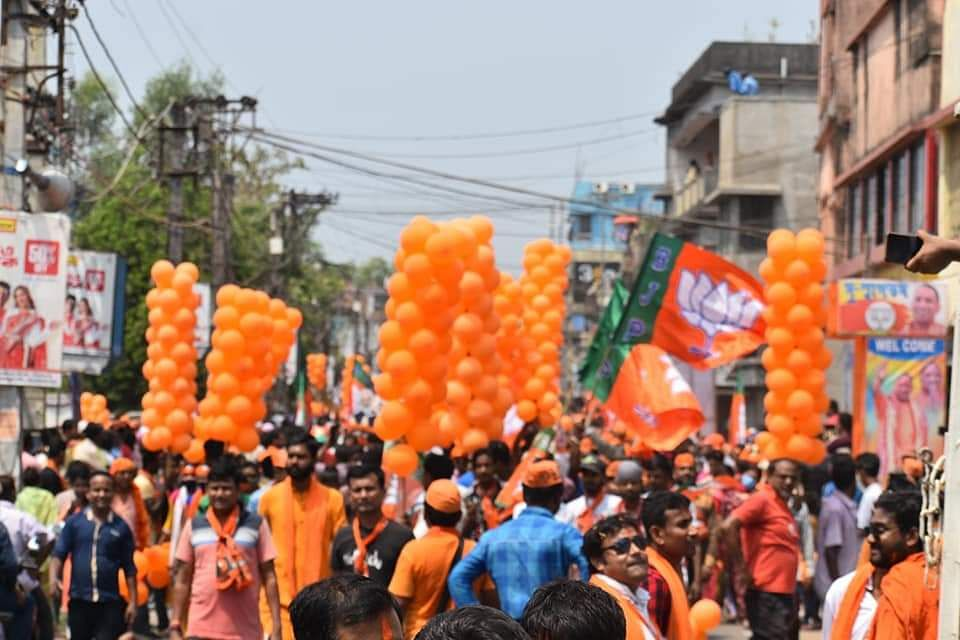 बंगाल में गरजे योगी आदित्यनाथ, 2 मई को EVM खुलेगा, तो कमल ही कमल खिलेगा