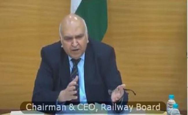 Corona Cases In India : लॉकडाउन के डर से प्रवासी मजदूरों का पलायन शुरू, ट्रेनों के संचालन पर जानिए रेलवे बोर्ड ने चेयरमैन ने क्या कहा
