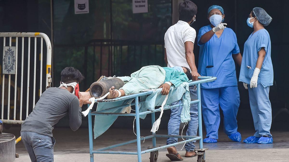 Coronavirus Updates: छत्तीसगढ़ में 18+ के लिए मुफ्त में कोविड वैक्सीन : मुख्यमंत्री, केरल में आज सामने आए कोरोना के 37,199 नए मामले