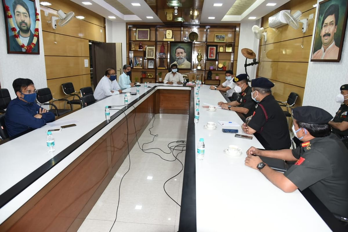झारखंड के मिलिट्री हॉस्पिटल में हो सकेगा कोरोना के मरीजों का इलाज, CM हेमंत ने सैन्य अधिकारियों संग की बैठक