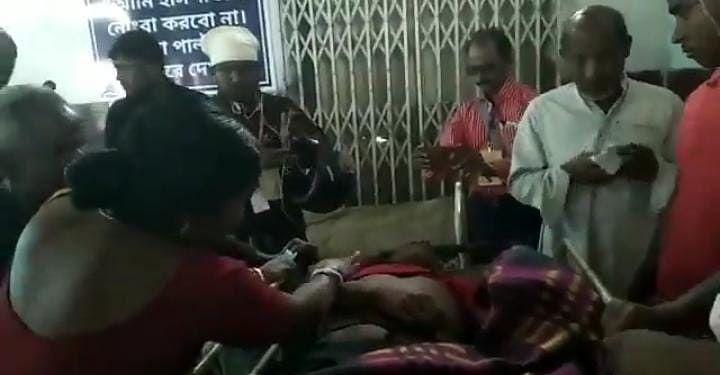 Bengal Chunav 2021: कूचबिहार में बूथ के बाहर गोलीबारी, एक युवक की मौत, एक्शन में चुनाव आयोग