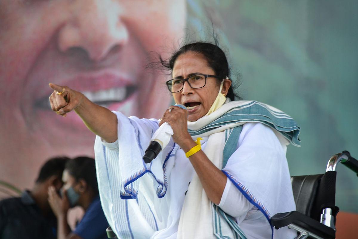 5 मई के बाद बंगाल में सबको फ्री में कोरोना वैक्सीन दिया जायेगा, ममता बनर्जी के हवाले से TMC ने किया ट्वीट