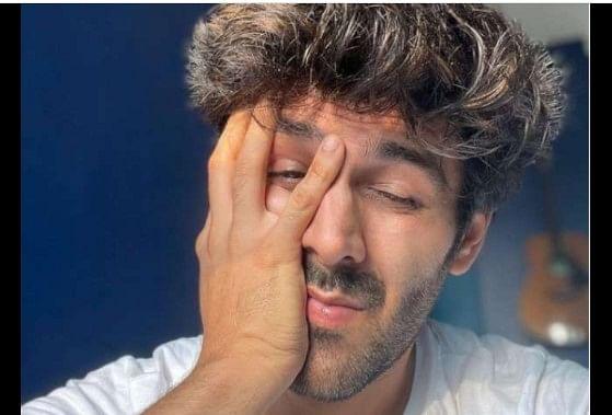 करण जौहर ने कार्तिक आर्यन को फिल्म 'दोस्ताना 2' से निकाला, दोबारा कभी काम नहीं करने का किया फैसला