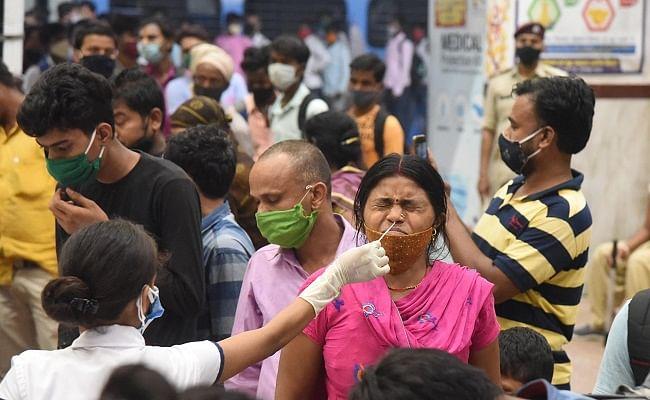भागलपुर जंक्शन: धरी रह जा रही सरकारी व्यवस्था, बिना जांच कराये स्टेशन से रोजाना निकल रहे यात्री, फिर मिले 78 नये पॉजिटिव