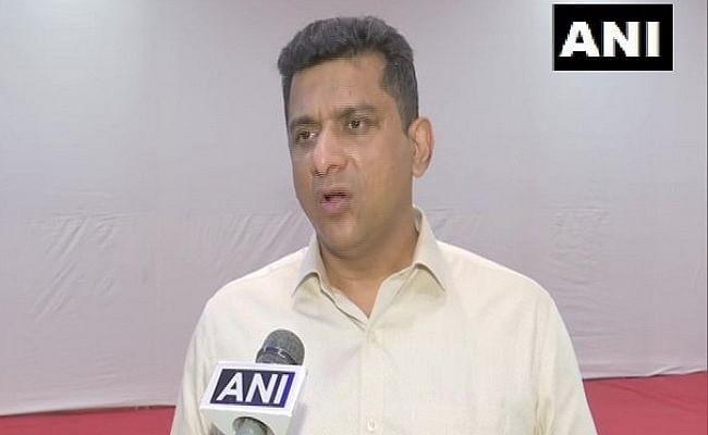 महाराष्ट्र में लगेगा कंप्लीट लॉकडाउन!, उद्धव सरकार के मंत्री ने दिया बड़ा बयान, जानिए वैक्सीन को लेकर क्या कहा
