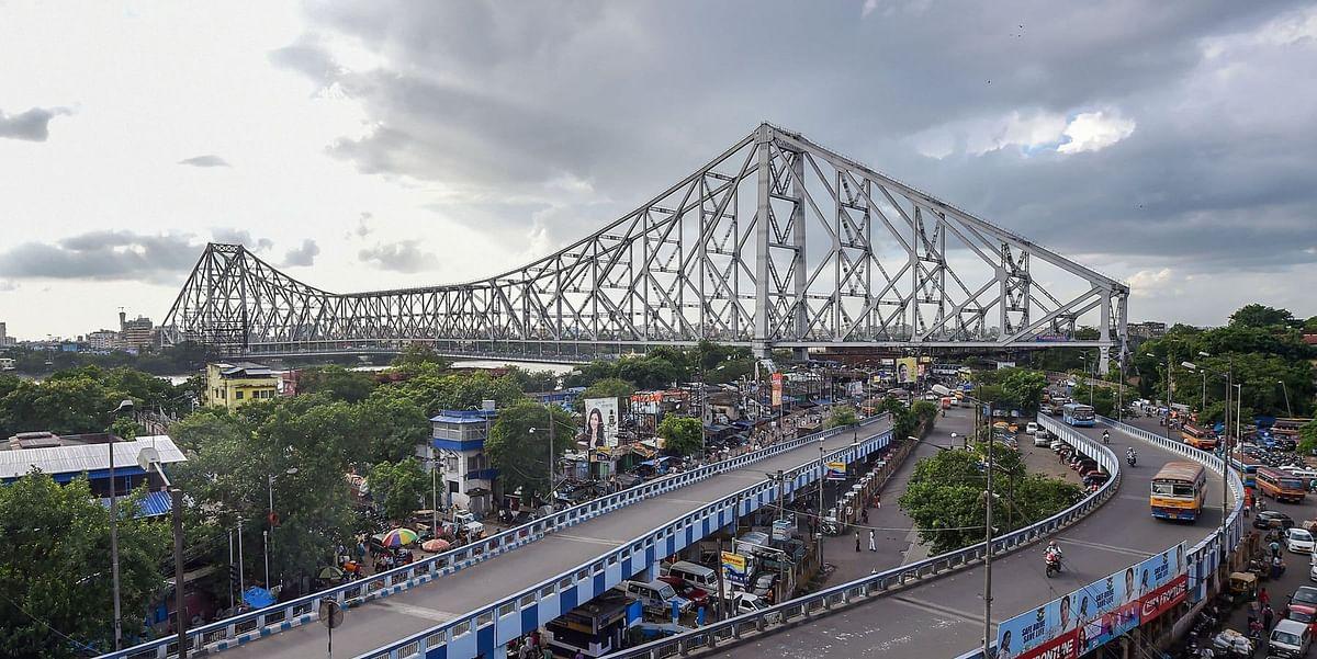 चुनावी सरगर्मी के बीच बंगाल में पारे में भी उछाल, कोलकाता से लेकर दूसरे जिलों में गर्मी से हाल बेहाल