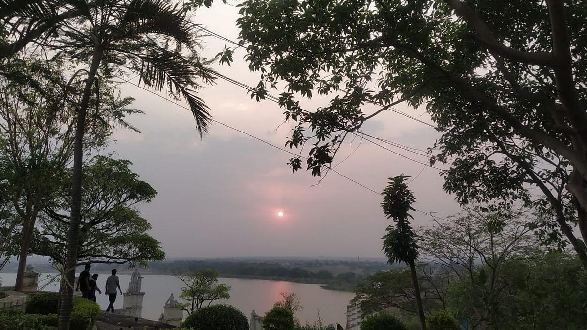 Weather Forecast Today LIVE : झारखंड में होगी बारिश, बिहार में बढ़ी गर्मी, जानें अपने राज्य के मौसम का हाल