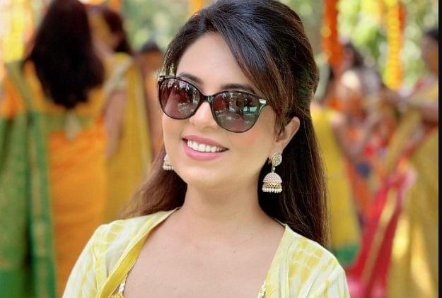 The Kapil Sharma Show फेम सुगंधा मिश्रा अपनी शादी में पहनेंगी 10 किलो का लहंगा, यहां पढ़ें आउटफिट की डीटेल्स