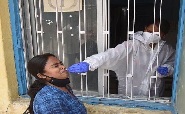 बिहार के कई जिलों में तेजी से पांव पसार रहा कोरोना, पटना सहित पांच जिलों में मिले 500 से अधिक नये पॉजिटिव मरीज