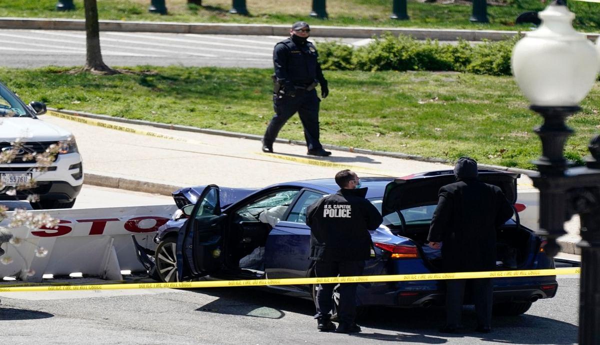 यूएस कैपिटल हिल इलाके में फायरिंग, बैरिकेड से कार टकराने के कारण पुलिस अधिकारी की मौत, संदिग्ध बदमाश भी ढेर