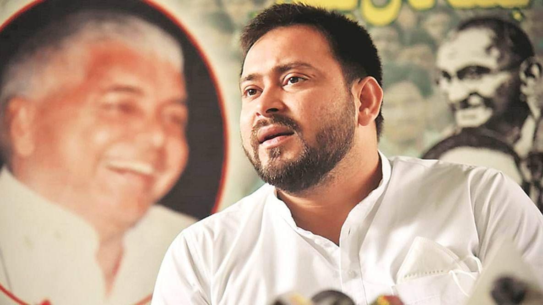 बिहार में बदलेगा राजद का 'कप्तान'? लालू-जगदानंद के बीच मुलाकात के बाद तेजस्वी यादव दिल्ली निकले, चर्चा तेज