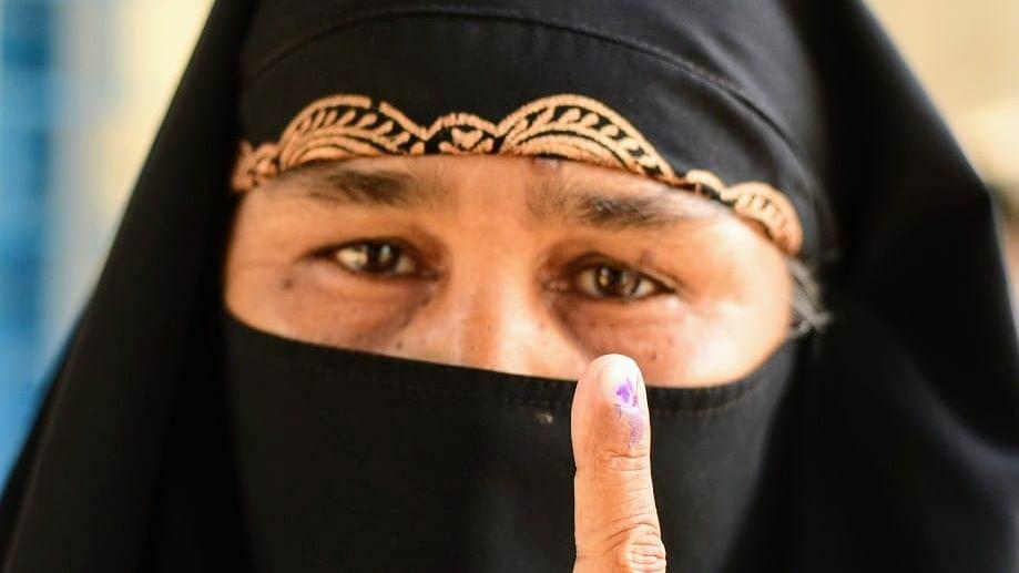 Exit Poll Result में देखें तीसरे चरण में कौन आगे, कौन पीछे, छिटपुट हिंसा के बीच 84.61 फीसदी हुआ था मतदान