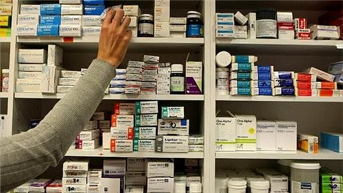कोरोना का डर और लॉकडाउन की आशंका ने बढ़ायी दवाओं की डिमांड, इस दवा की सबसे अधिक मांग