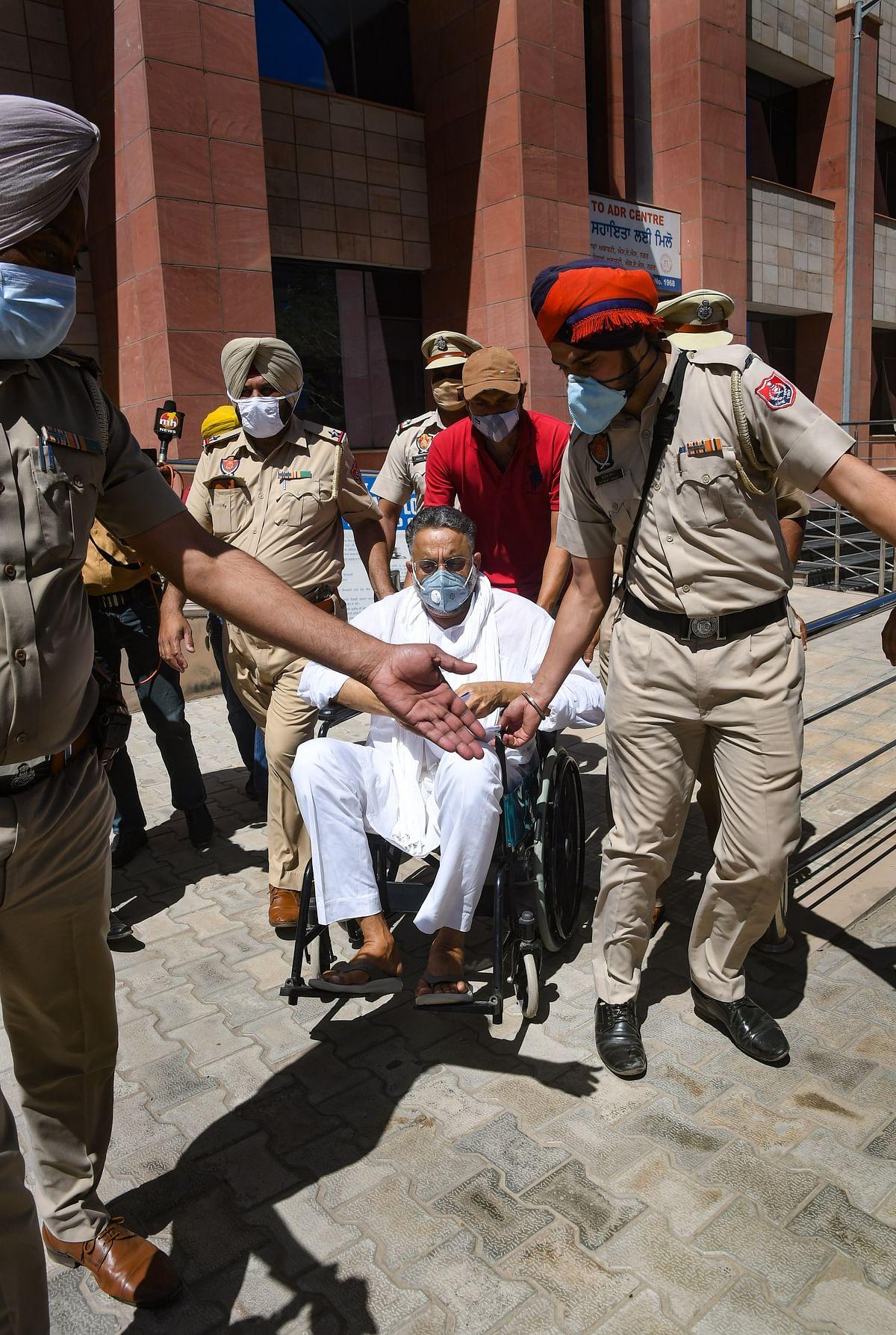 'बाहुबली मुख्तार अंसारी को पंजाब की जेल से खींचकर लाएगी उत्तर प्रदेश की योगी सरकार'