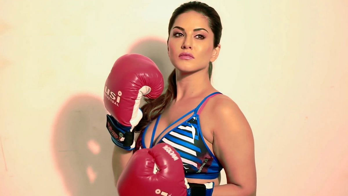 Sunny Leone का वर्कआउट वीडियो हुआ वायरल, बॉक्सिंग की प्रैक्टिस करती हुई दिखाई दीं एक्ट्रेस