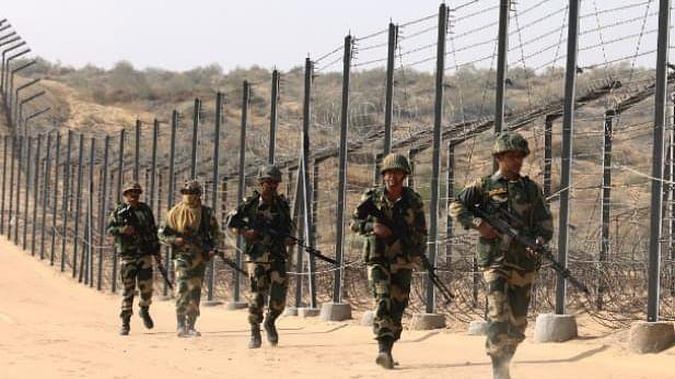 कोरोना संक्रमण को बढ़ता देख, असम-बंगाल सीमा सील, व्यवसायी और आमलोगों का फूटा गुस्सा