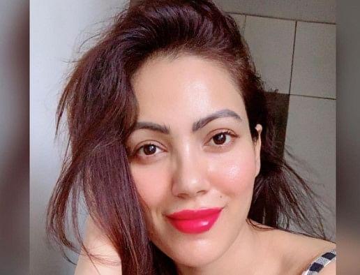 Tarak Mehta Ka Ooltah Chashmah की 'बबीता जी' बॉडीकॉन ड्रेस में दिखीं बेहद स्टाइलिश