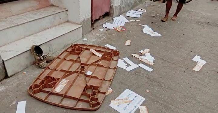 बंगाल चुनाव 2021: वोटिंग के बीच बैरकपुर में बमबाजी, एक बच्चा सहित छह घायल