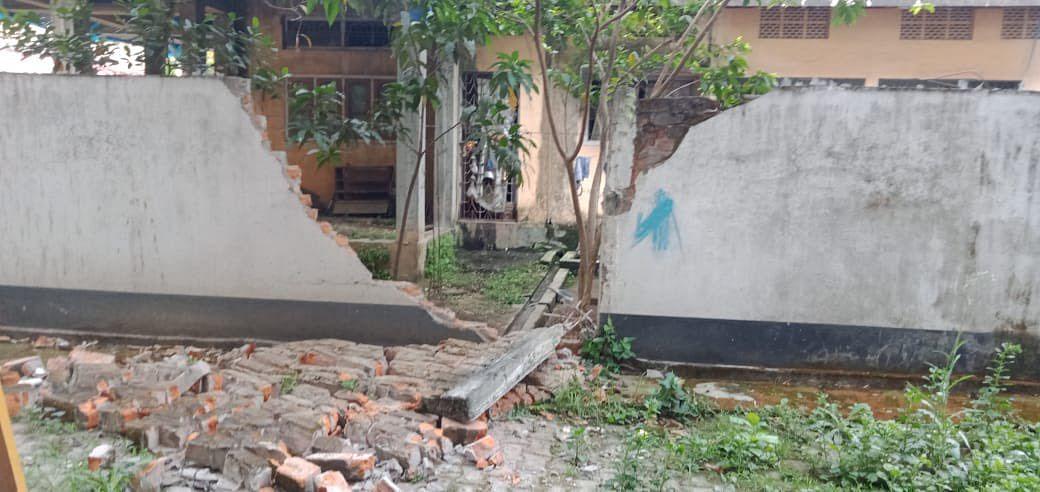 Earthquake News: असम में 6.4 तीव्रता का भूकंप, पूरा नॉर्थईस्ट सहित बंगाल की धरती भी कांपी, देखें लाइव तस्वीरें