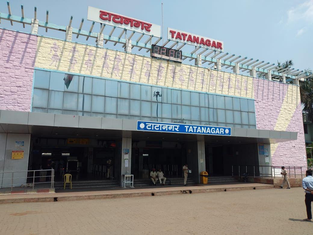 Coronavirus In Jharkhand : कोरोना काल में रेलकर्मियों को अब ऑक्सीजन को लेकर नहीं होगी परेशानी, दक्षिण पूर्व रेलवे के अस्पतालों में लगेगा ऑक्सीजन गैस प्लांट, पढ़िए क्या है प्लान