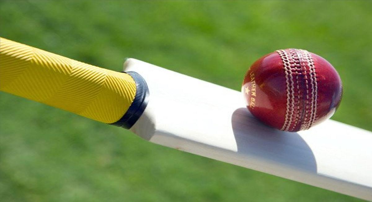 क्रिकेट के मैदान पर खूनी संघर्ष, 49 रन पर किया आउट तो फील्डर को बल्ले से पीटा, हत्या की कोशिश का केस दर्ज