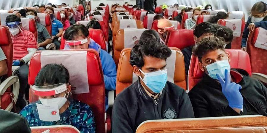 बिहार से महाराष्ट्र जाने के लिए अब RT- PCR जांच  रिपोर्ट अनिवार्य, यात्रियों की बढ़ी मुश्किलें