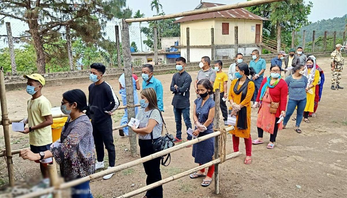बंगाल चुनाव पांचवें चरण 2021 Live : वोट डालने में जलपाईगुड़ी सबसे आगे, उत्तर 24 परगना फिसड्डी, उत्तर 24 परगना और पूर्वी बर्दवान में हिंसा
