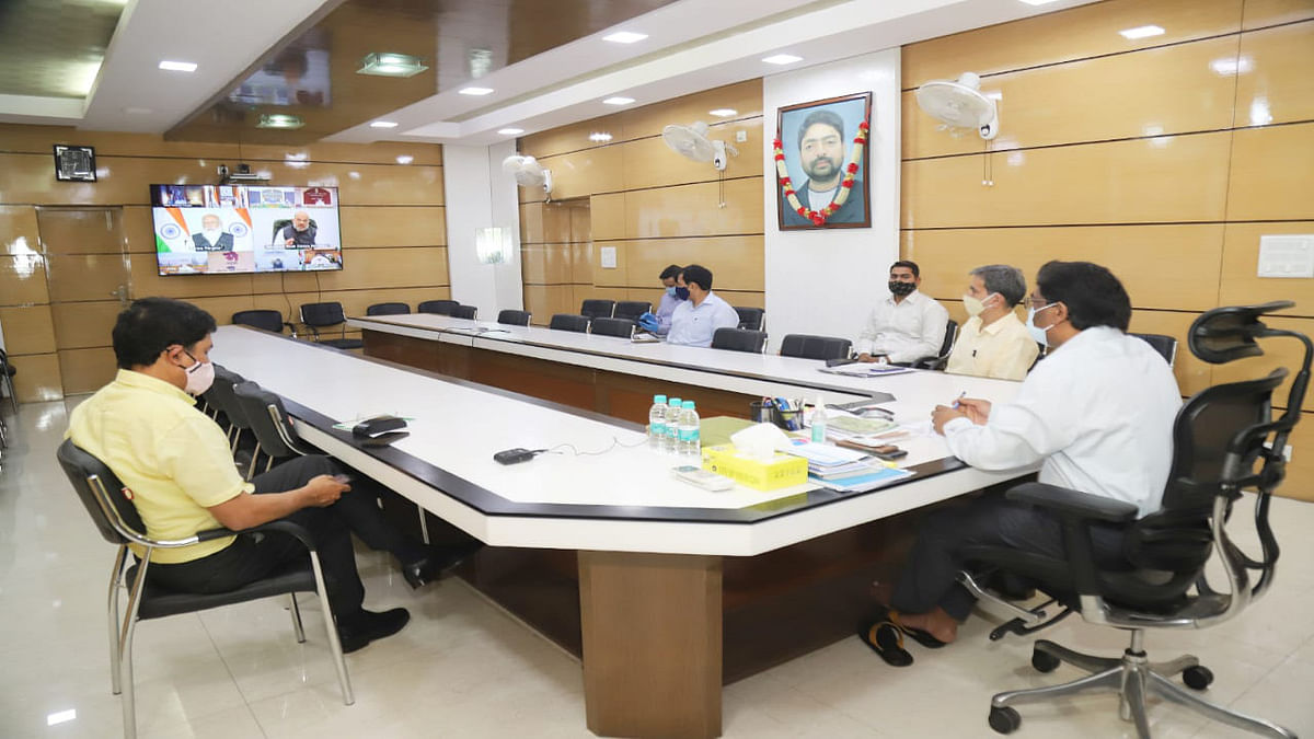 Coronavirus Update News : कोरोना संक्रमण की रोकथाम को लेकर PM मोदी की मीटिंग में शामिल हुए CM हेमंत, झारखंड में कोरोना गाइडलाइन लागू