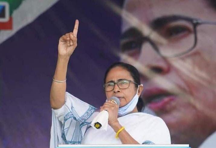 Cooch Behar Firing Case: सीएम ममता के कथित वायरल टेप पर सियासी घमासान शुरू, आज चुनाव आयोग जाएगी बीजेपी