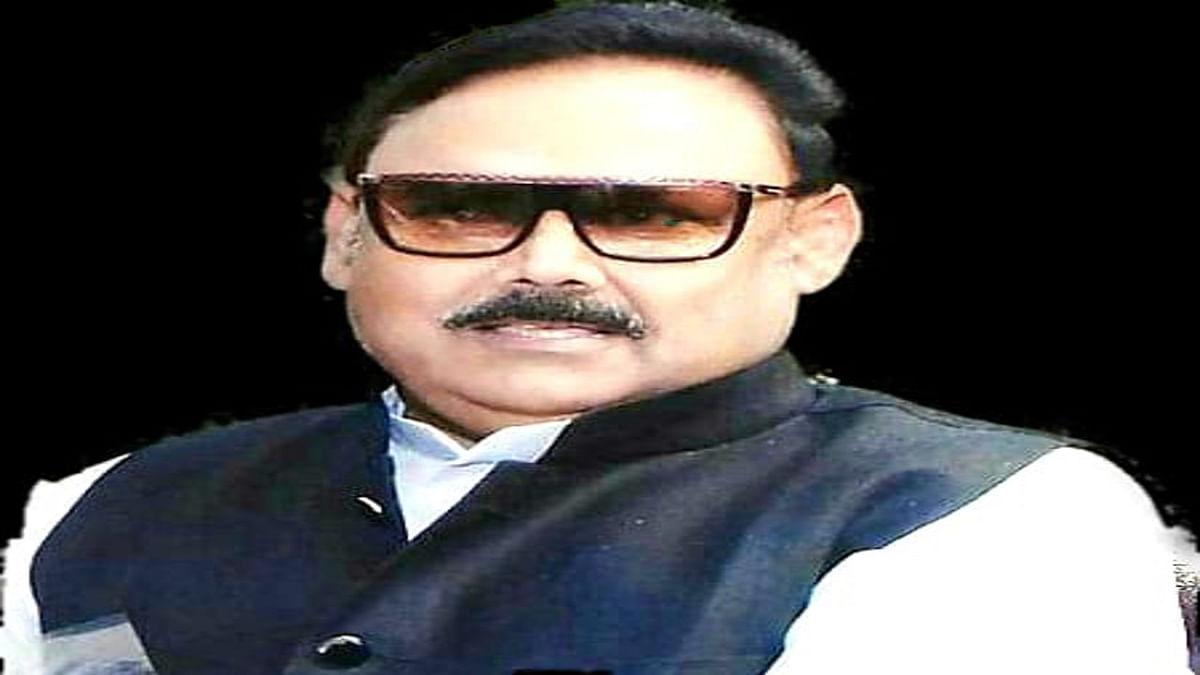 Coronavirus In Jharkhand : पलामू के हुसैनाबाद विधायक कमलेश कुमार सिंह ने ऑक्सीजन के साथ 20 बेड उपलब्ध कराने का दिया निर्देश, बोले- पैसे की कमी से व्यवस्था में नहीं बरतें ढीलाई