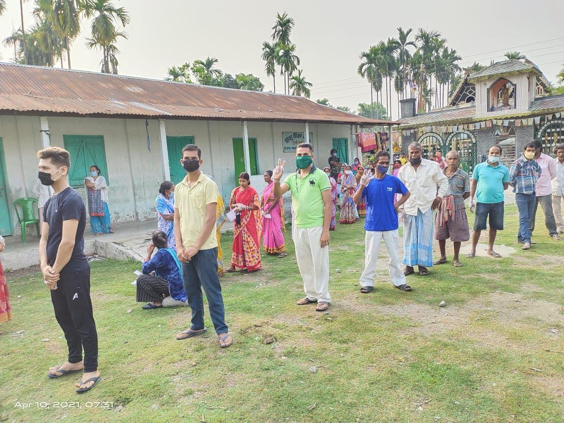 लोकतंत्र के महापर्व में बंगाल के वोटर्स