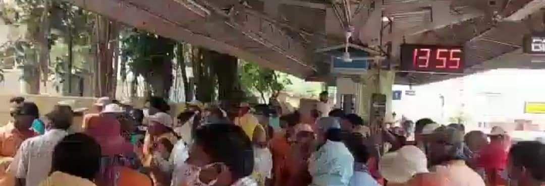 पूर्वी बर्दवान में ट्रेन से कटकर रेलकर्मी की मौत, सुरक्षा की मांग पर प्रदर्शन और मारपीट