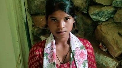 गुमला : पिता की मौत के बाद बच्चों को छोड़कर मां ने कर ली दूसरी शादी, तीन बच्चों की कहानी