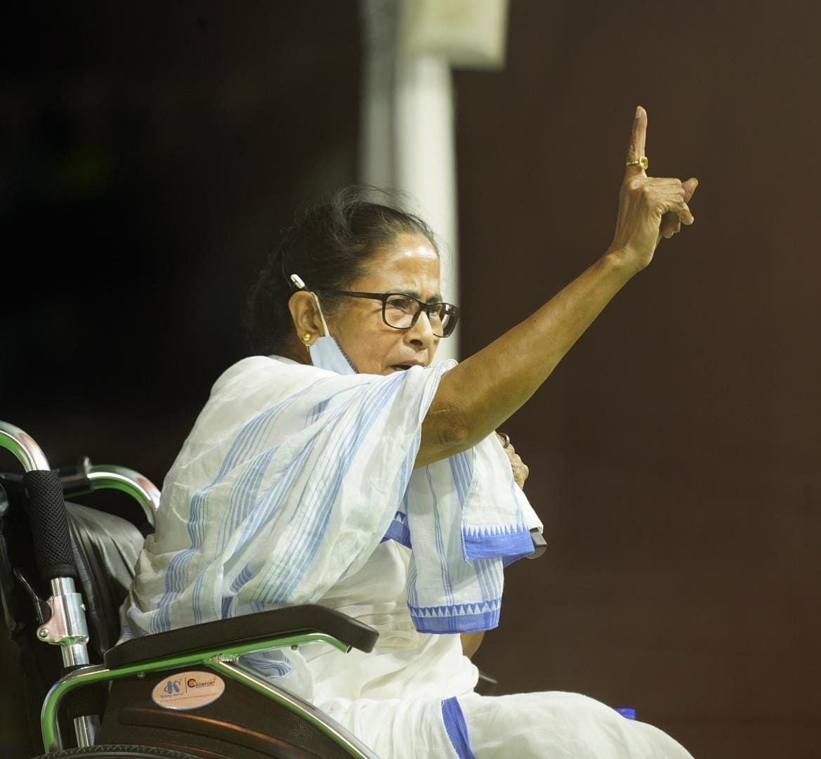 Bengal Election 2021: शीतलकुची में चार लोगों की मौत का बदला लेंगी ममता, कहा- घटनास्थल पर जाऊंगी