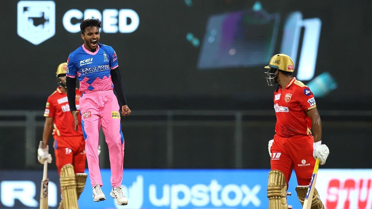 IPL में कमाए गए पैसों से पिता करा रहा हूं बेहतर इलाज- राजस्थान रॉयल्स के युवा गेंदबाज ने बतायी अपनी कहानी
