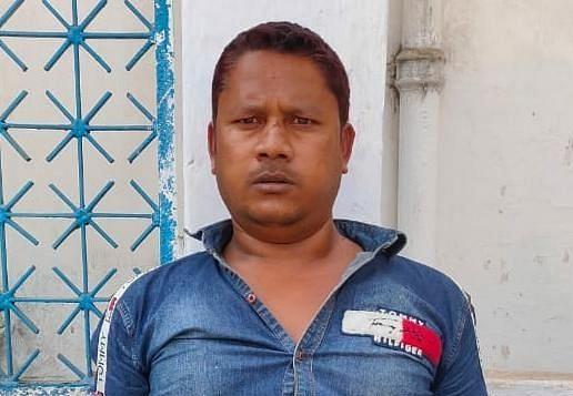 Jharkhand Crime News : कुख्यात अपराधी डब्लू सिंह गिरोह के दो अपराधी गिरफ्तार, बस व ऑटो स्टैंड से वसूलते थे रंगदारी, पलामू पुलिस ने ऐसे दबोचा