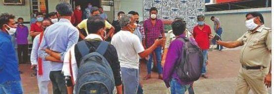 रानीगंज में TMC ने BJP पर लगाया रुपये बांटने का आरोप, पुलिस ने की छापेमारी