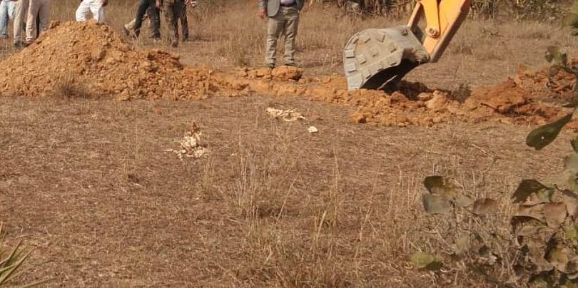 Bihar News: बक्सर सीमा पर गंगा में फिर मिलीं 10 लाशें, जिला प्रशासन का दावा- 'यूपी से फेंका जा रहा है शव'