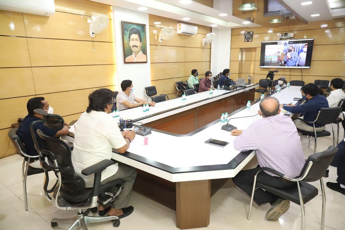 Coronavirus In Jharkhand : सीएम हेमंत सोरेन ने साहिबगंज सदर अस्पताल में नवनिर्मित पीएसए प्लांट का किया ऑनलाइन उद्घाटन, ग्रामीण इलाकों में कोरोना संक्रमण रोकने पर दिया जोर