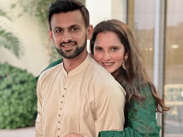सानिया मिर्जा ने पति शोएब के साथ दुबई में खास अंदाज में सेलिब्रेट किया ईद, फोटो पर साक्षी धौनी ने ऐसा दिया रिएक्शन