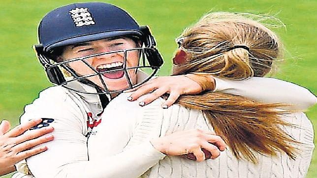 टेस्ट क्रिकेट : 'आधी आबादी' को सभी क्रिकेट बोर्ड ने ठगा, भारत से लेकर इंग्लैंड तक एक सा हाल