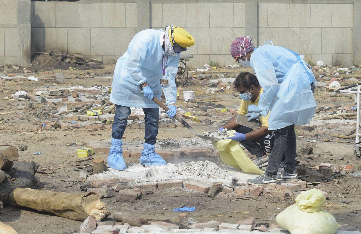 कब्रिस्तानों में जगह नहीं क्षमता 25 की दफन हो रहे सौ, कोरोना से हो रही मौत बनी चुनौती