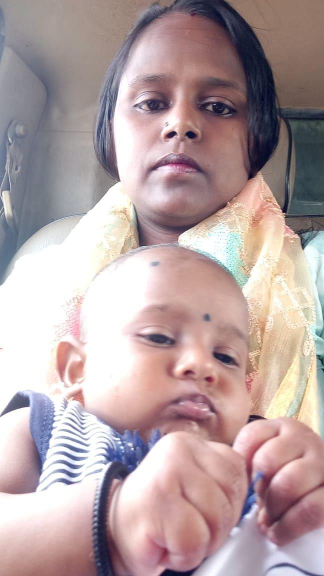 Happy Mother's Day 2021 : बिटिया के साथ नर्स सफीना खातून