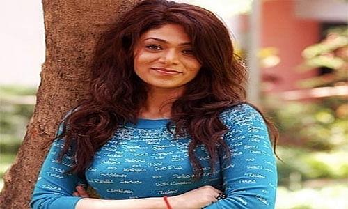Kangana Ranaut ने इस फिल्म में Aditya Pancholi  की बेटी को किया था रिप्लेस, सोशल मीडिया पर वायरल हो रही हैं Sana Pancholi की Photos