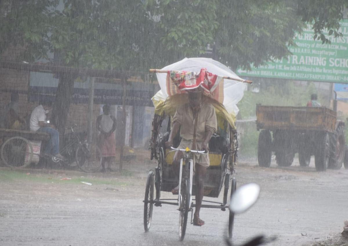 मुजफ्फरपुर में झमाझम बारिश शुरू