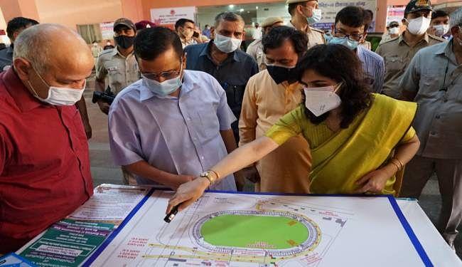 बड़ी राहत : पिछले 24 घंटे के दौरान दिल्ली में कोरोना के केवल 900 मामले दर्ज, 18-44 साल के 5.5 लाख लोगों को जून में लगेगी वैक्सीन
