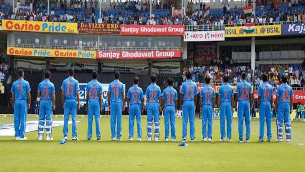 Happy Mother's Day 2021: धौनी-कोहली समेत जब टीम इंडिया के सभी खिलाड़ियों ने मैदान पर अपनी 'मां' को इस खास अंदाज में किया था याद, जिसे देख सभी को हुआ था गर्व