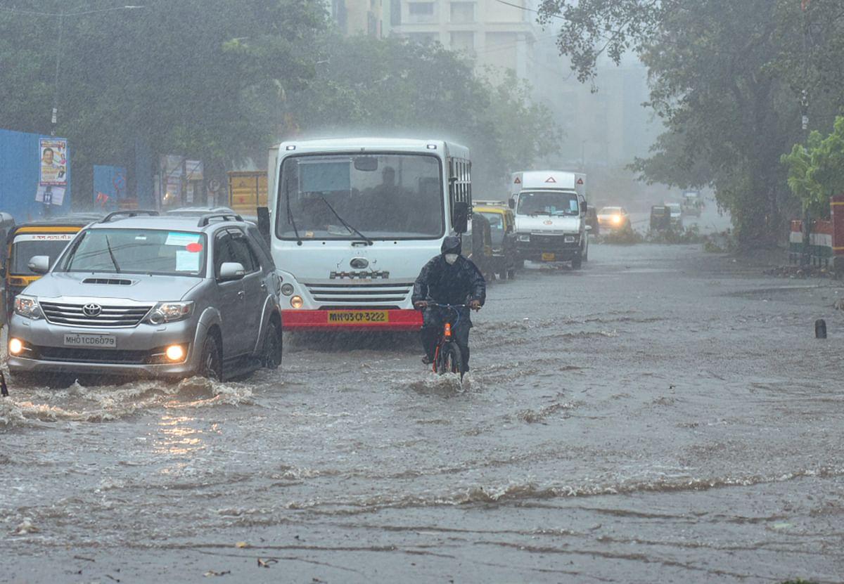 Weather Forecast Today/Cyclone Tauktae LIVE : चक्रवात 'ताउ ते' से गुजरात में सात लोगों की गयी जान