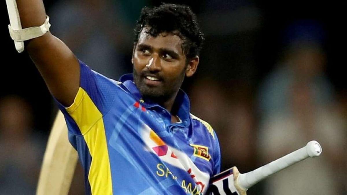 श्रीलंका के ऑलराउंडर थिसारा परेरा ने अचानक क्रिकेट से संन्यास लेकर चौंकाया