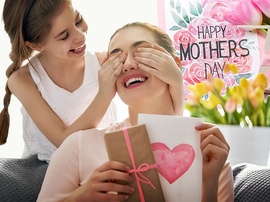 Mother's Day 2021: इस मदर्स डे अपनी मां को ऐसे करवाएं स्पेशल फील, उन्हें पसंद आ सकते हैं ये खास Gift Items